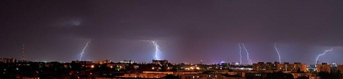 Gewitter über Bukarest